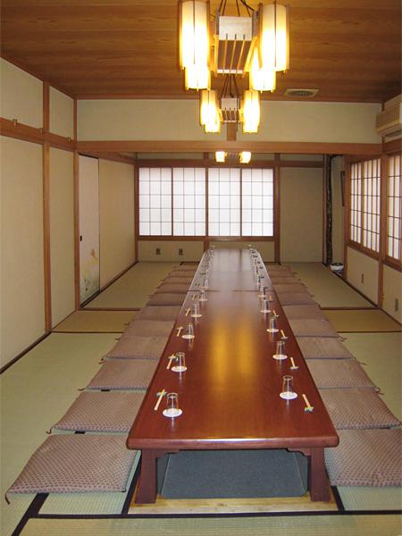 2階 座敷「梅+百合+菊」